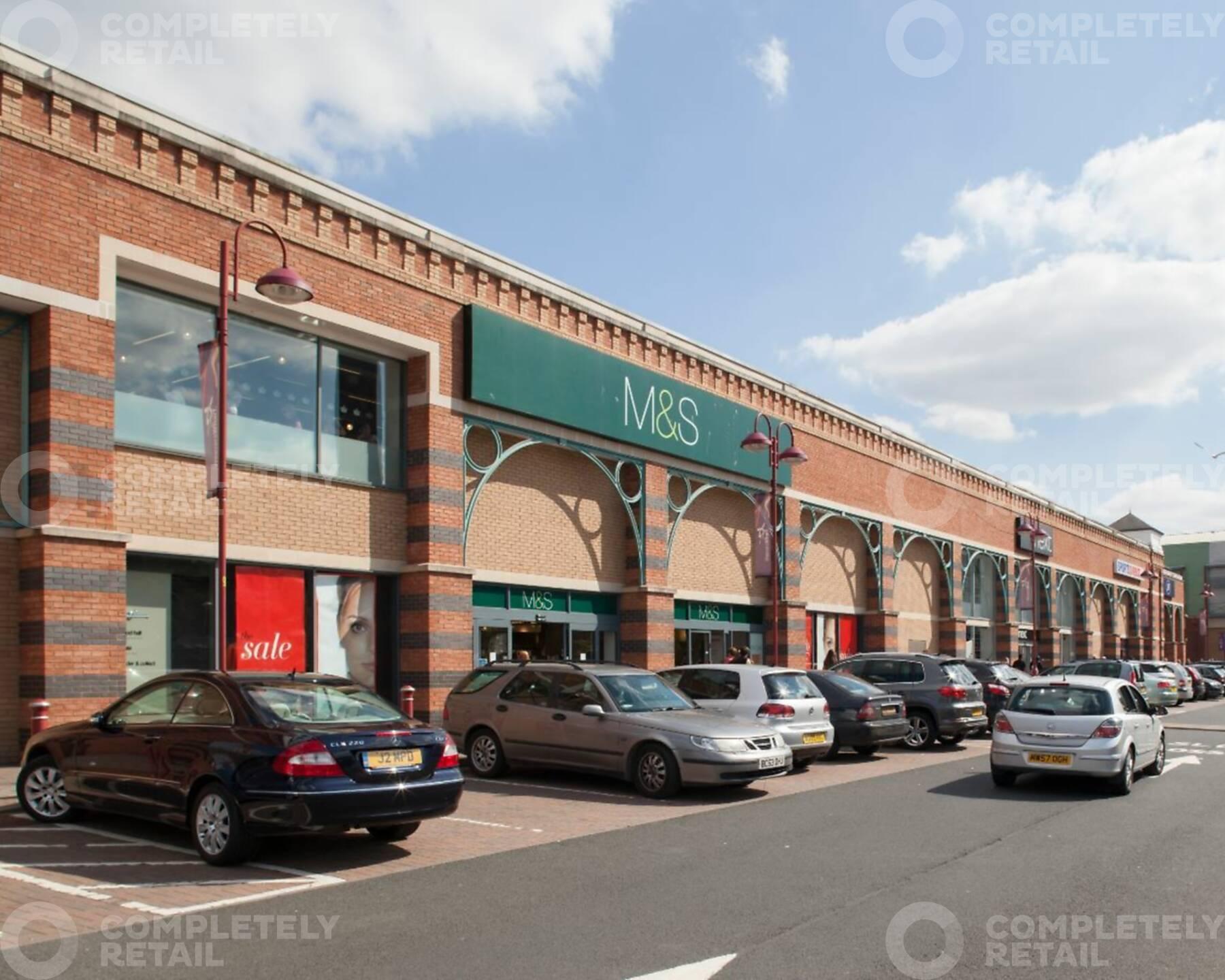 Weavers Wharf Shopping Park Kidderminster Mcmullen Real